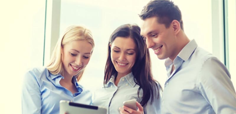Les 10 principaux avantages de l'utilisation des cartes de vœux électroniques pour les entreprises